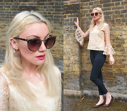 Roxanne Rokii - Topshop Sunglasses 03.2016, Vintage 1960's Lace Blouse, H&M High Waisted Pants 04.2016, Dorothy Perkins Copper Earrings 04.2016, Vintage Brown And Gold Pumps 1980's - 27.04.2016 Day picking selects for Streets Magazine Shoot