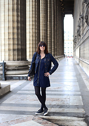Audrey B - Sweewee Dress, Kiabi Sneakers, Zara Jacket, Velvetine Handbag, Primark Sunglasses - Place de la Madeleine
