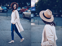 Andreea Birsan - Aldo Camel Hat, H&M Trench Coat, C&A White Blouse, Christian Dior So Real Sunglasses, Lft Skinny Distressed Jeans, Mango Beige Lace Up Flats - Trench coat & distressed skinny jeans II