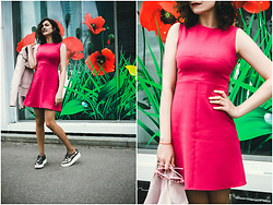 Katerina Lozovaya - Lightinthebox Boots, Nastasia Klevtsova Dress - Bright mini