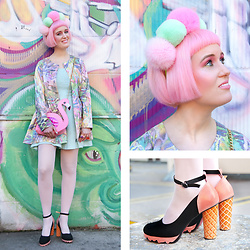 Lovely Sara -  - Pom Pom and Pastels
