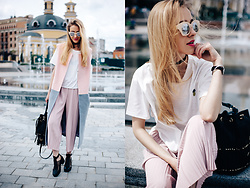 Anna Pogribnyak - Sheinside Pants, Choies T Shirt, Choies Choker, Zerouv Glasses, Choies Bag, Topshop Shoes, Trempel Sleeveless Coat - Dusty pink culottes
