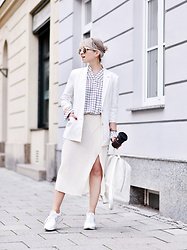 Esra E. - Saint Tropez White Blazer, H&M + Grid Blouse, Weekday Off White Knitted Midi Skirt, Zara White Sneakers - All white
