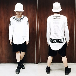 Rex Dela Cruz - Factorie White Long Tee - B & W