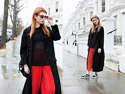 Hannah Louise - Missguided Sleeveless Jumper, Asos Duster Coat, Stella Mccartney Star Print Bag, Topshop Red Pleated Trousers, Vans Old Skool - Red Pleat Trousers