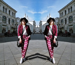 Sasha Raduntseva - Sisley Jacket, C&A Pants, Converse Sneakers - Last day first day