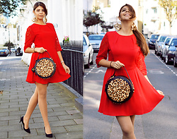 Reneta Kanevska -  - Red Chic.