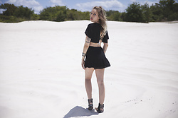 Ashleigh Anderson (Instagram@lunaxmarie) - Tobi Dress Set, Shoes - Dancing in the Desert, Blowing up the Sunshine...