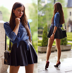 Ariadna M. - Denim Shirt, Black Leather Skirt, Wolford Seamed Tights - Denim shirt