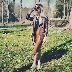 Kadri S - Clockhouse Jacket, Wholesalebuying Bodysuit, Cndirect Pencil Skirt, Converse Sneakers - Burnt orange skirt