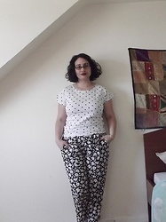 Selina M - Vintage Sale Heart Print Top, Select Floral Trousers - Workwear