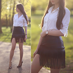 Ariadna M. - White Shirt, Black Leather Skirt, Wolford Nude Tights - Black and white