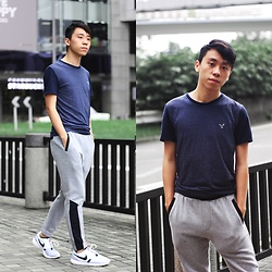 Daniel Poon - American Eagle Outfitters T Shirt, Topman Joggers, Nike Sneakers - Sporty