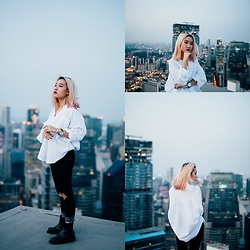 Sebelle Sharmine - Native Foxx White Oversized Top, Young Hungry Free Black Jeans, Solestruck Chelsea Boots, H3 Concepts Classic Watch - On Top Of The World