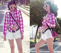 Hanna From HOLLAND - Tomboy Belt, Newplay Shorts, Ck Little Bag - Newplay shorts vs Tomboy belt