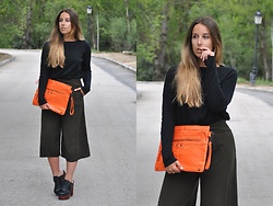 Claudia Villanueva - Zara Sweater, Wholesalebuying Clutch, Mango Culottes, Asos Mules - A spring that feels like fall