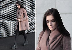 Justyna Lis -  - Faux seal fur coat