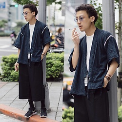 GoodHow L. - Nike Roshe 1, Komono Watch, Lemaire Tee - Come From East