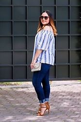 Alice Hernandez - New York & Company Off The Shoulder Top, Ann Taylor Crossbody Bag, Loft Denim Legging, Ann Taylor Suede Sandals - Sunday Vibes