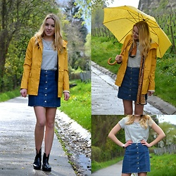 Jessica N. - Only Raincoat, Only Shirt, H&M Skirt, Lidl Rainboots - Maybe I´m the one under the yellow umbrella