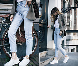 Bea G - Blazer, Shirt, Jeans, Sneakers - Levi's 501