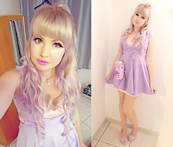 Roxie Sweetheart - Jeffree Star Queen Supreme Liquid Lipstick, Vivienne Westwood Pink Orb Necklace, Boohoo Lilac Cut Out Dress, Skinnydip London Liquid Sarcasm Handbag, New Look Lilac Wedges - Parma Violet