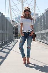 Amber Wilkerson - Blanknyc Jeans, H&M Off The Shoulder Shirt, Schutz Shoes, Steve Madden Hat, Ray Ban Sunglasses - Blue Jean Baby