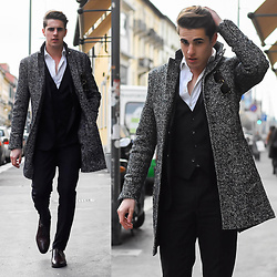 Matthias Geerts -  - MFW Day three (outfit 2)