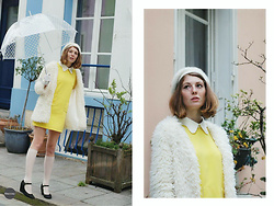 Laurielle Haze - Sammydress Faux Fur Coat, Sammydress Yellow Collared Dress - Rue Crémieux