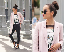 RUTA GYVYTE - Zara Jacket, Dstld Premium Denim Jeans, Fabitoria Top - CONCRETE JUNGLE