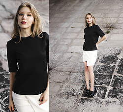 Margo Bryksina - Follow My Eyes Textured Top, Asos Stud Earrings - Never Gonna Give You Up