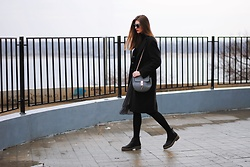 Yulia Sidorenko - Zara Skirt, Asos Boots, Wholesalebuying Bag, Claudia Strater Coat - Asymmetrical skirt
