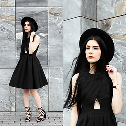 CLAUDIA Holynights - Chic Wish Dress, Lulu*S Lace Up Shoes - Black dress