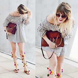 Vicky W - Chloé Faye Bag, Asos Off Shoulder Dress, Etsy Pompom Sandals - Stop worrying, start living ♡