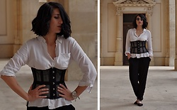 Ellone Andreea - True Corset Net Mesh Cincher, H&M White Shirt - The New Romantics