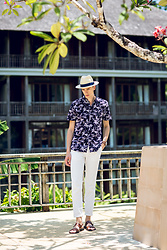 Oliver Lips - H&M Palm Printed Shirt - Resort Chic