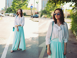 Andreea Birsan - Christian Dior So Real Sunglasses, Mango White Pussy Bow Blouse, Mango Mint Maxi Skirt, Mango Lace Up Sandals, Color Block Crossbody Bag - Mint maxi skirt: hotter than the weather