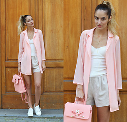 Ruxandra Ioana - Poppy Lovers Blazer, Jolly Chic Bag, Star Harvest Necklace - Pink thoughts