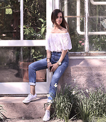 Perventina Ols - Zara Jeans, Converse Sneakers - From Oslo with love