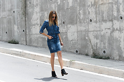 Raquel Cañas - Vero Moda Denim, Only Denim Skirt - PREPPY DENIM ON DENIM