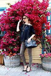 Maria Trima - Soon Maternity Jeans, Coach Bag, Christian Louboutin Heels, Asos Top, Bcbg Hat, Prada Sunglasses, Nasty Gal Necklace - Soon Maternity!