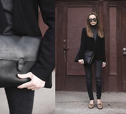 Dariia - Fme Leather Bag, Fme Polo Neck, Mango Blazer - Sweet Lies