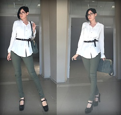Jane V.I. - H&M Khaki Slim Jeans, Retro Style Army Green Bag, Brown Leather Belt, Platform Heel Shoes, White Shirt - First look with new haircut