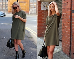Cristiana A. - Zara T Shirt Dress, H&M Sunglasses, Zara Patent Boots - From Gold