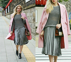 Scarlett Vargas - Asos Coat, Ass Skirt, Gucci Bag - Pretty in pink and metallics