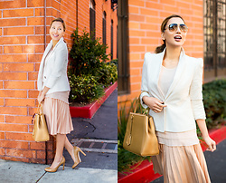 The Ambitionista - Fendi Handbag, Plie Clothing Layered Top - Puffs & Pleats