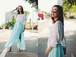 Andreea Birsan - Christian Dior Sunglasses, Mango White Pussy Bow Blouse, Mango Mint Maxi Skirt, Mango Lace Up Goddess Sandals, Color Block Crossbody Bag - Mint maxi skirt: hotter than the weather II