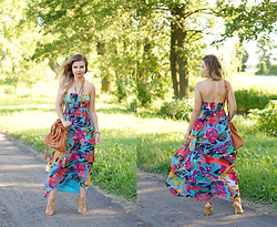 A piece of Anna . -  - Multicolor floral dress summer look