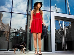 Maria P - Kling Black Wool Hat, Goldie London Red Faux Suede Dress, Aliexpress Black Lace Up Sandals, H&M Black Fringe Bag - Put my little red party dress on