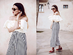 Hristina Micevska - River Island Espadrilles, Zara Striped Culottes, Üterque Ruffled Off Shoulder Top - SEA YOU SOON